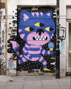 Cheshire Cat☀ street art~Malarky, London