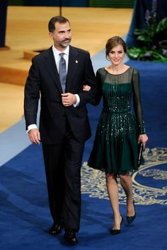 An illusion neckline and sleeves coupled with just the right amount of sparkle made this dress a head-turning choice for the Prince of Asturias Awards ceremony at the Campoamor Theater in Oviedo, Spain.