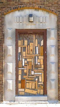 DECO: the most beautiful gates in the world 30 DECO : les plus belles portes du monde 30 - Door Cool Doors, Unique Doors, Entrance Doors, Doorway, When One Door Closes, Metal Building Homes, Metal Homes, Door Gate, Metal Buildings