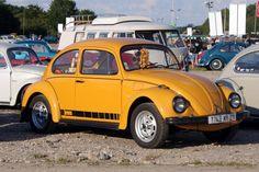 850_______volkswagen_coccinelle_jeans_jaune_149.jpg 850×566 pixel