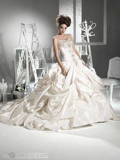 Ball Gown Sweetheart Sleeveless Cathedral Train Wedding Dress *