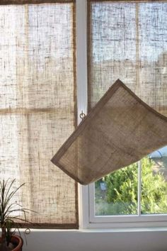 Creative Window Treatments Burlap Shades love this idea for the French doors. Summer gets real HOT where they're located.Burlap Shades love this idea for the French doors. Summer gets real HOT where they're located. Unique Window Treatments, Burlap Window Treatments, Basement Window Treatments, Farmhouse Window Treatments, Diy Casa, Burlap Crafts, Burlap Projects, Diy Crafts, Window Panels