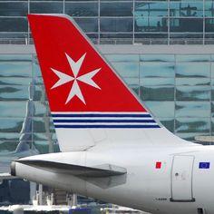 Air Malta Airbus A320-211 9H-AEK San Giljan (16499)   Flickr - Photo Sharing!