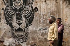 On retrouve le collectif d'artistes à New Delhi pour la réalisation d'une fresque inspirée par la magie du pays et son univers Hindi.  Le groupe s'est approprié un mur et l'a tatoué d'une tête de tigre merveilleusement ornementée. Elle est pourvue des 3 yeux de Shiva (le présent, le passé et l'avenir), d'une fleur de lotus sur le dessus (symbole de pureté), des quatre bras de la déesse de la connaissance et des arts Sarasvati sur lesquels sont inscrits une citation de Gandhi...