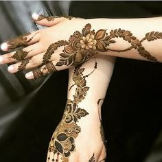 Latest Henna Designs, Floral Henna Designs, Indian Henna Designs, Finger Henna Designs, Simple Arabic Mehndi Designs, Henna Art Designs, Mehndi Designs For Girls, Modern Mehndi Designs, Wedding Mehndi Designs