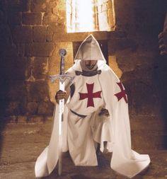 Un occhio sulle maledizioni, il tesoro dei Templari