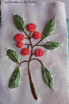 Glasses box red berries (1)