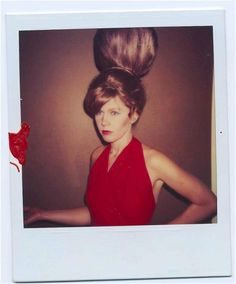 Cindy Wilson and Kate Pierson of The in Polaroid pictures taken in from a photo shoot that served as an inspiration for illustrator Desiree Rohr for the cover of the mini-LP Mesopotamia. Cindy Wilson, Behive Hairstyles, New Wave Artists, Kate Pierson, B 52s, Coat Of Many Colors, Beehive Hair, Bouffant Hair, Wonder Woman