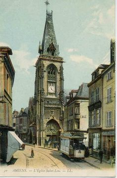 Eglise Saint Leu, vers 1910 (carte postale ancienne). Credit: Maryanick Gaultier