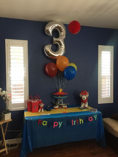 Throw an exceptional get-together for your children's birthday party with these 7 fascinating paw patrol party ideas. The thoughts must be convenient to those who become the true fans of Paw Patrol show. Third Birthday, 3rd Birthday Parties, Birthday Balloons, Birthday Fun, Birthday Ideas, Cake Birthday, Paw Patrol Gifts, Paw Patrol Birthday Theme, Kids Party Themes