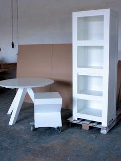 masa rotunda Spider Rustic Industrial, White Oak, Shelving, Spider, Bookcase, Furniture, Home Decor, Shelves, Spiders