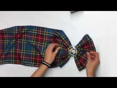 In the lead up to Burns Night, Emma guides us on how to tie your tartan sash. Scottish Dress, Scottish Clothing, Celtic Clothing, Scottish Fashion, Scottish Plaid, Scottish Tartans, Scottish Wedding Themes, Scottish Wedding Traditions, Irish Traditions