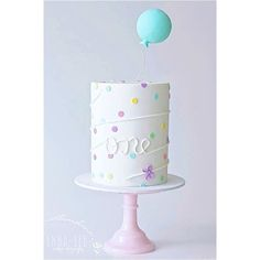 WEBSTA @ emmaleecakedesign - As one of my most shared, pinned and design borrowed cakes I thought it was time to relive the simplicity of my confetti