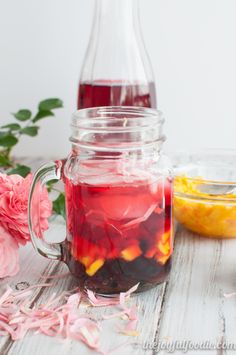 Tart hibiscus tea with hints of aromatic rose paired with sweet mango and honey boba for the perfect summer refresher.