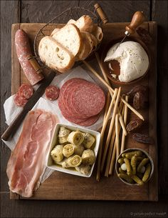 Food / wasbella102:Some antipasti….jeanfivintage: — Designspiration _antipasti
