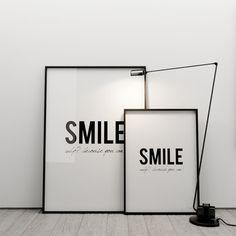 SMILE! WHY? 50x70 - MINIMALLIVING - Plakaty typograficzne