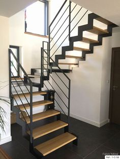Manufacturing metal wood staircase modern staircase in Brittany Morbihan Fa Interior Stair Railing, Staircase Railings, Stair Treads, Metal Stairs, Modern Stairs, Home Stairs Design, Railing Design, Railing Ideas, Escalier Design