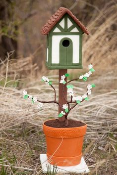 Frugal Frog Design Garden Birdhouse Bird & Wildlife Accessories Other Bird & Wildlife Accs Colourful Hand Painted Metal Birdhouse Owl Available In Various Designs And Specifications For Your Selection
