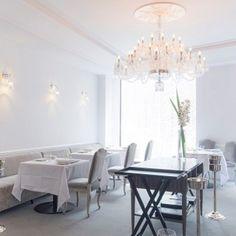 Restaurant hall decoration - Cellar and wine-list - Restaurant Kei