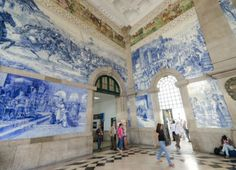 The São Bento train station #Porto