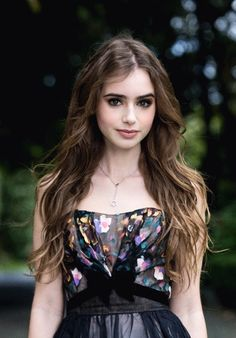 Lily Collins love her in  Abduction 2011