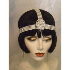 Old Fashioned Clothes : Bridal Headpiece, Art Deco, Downton Abbey, Flapper Headband, Gatsby… Look Gatsby, Gatsby Style, Flapper Style, 1920s Flapper, 1920s Style, Flappers 1920s, 1920 Gatsby, 1920s Headpiece, Flapper Headband