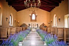 Lavender pots for wedding decor