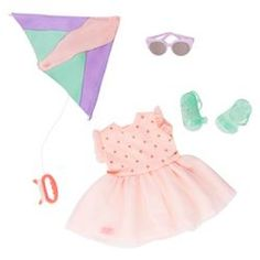 Perfect day for flying a kite! Includes 1 pair of sunglasses, 1 dress, 1 pair of sandals and 1 kite with handle. Ropa American Girl, American Girl Doll Sets, American Girl Clothes, Og Dolls, Girl Dolls, Baby Dolls, Poupées Our Generation, Our Generation Doll Clothes, Doll Crafts
