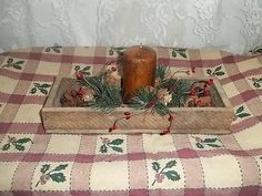 NEW !! Primitive Barnwood Box * Grubby Pillar * Pine/Berry/RT Jingle Bell Ring * EB 465    $ 20.99