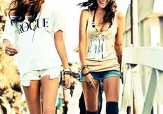 Google Image Result for http://data.whicdn.com/images/11424096/fashion-friends-girls-pretty-summer-Favim.com-89159_large.jpg