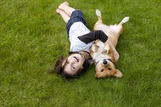 Girl and her Corgi enjoy the freedom of summer. via @AOL_Lifestyle Read more: http://www.aol.com/article/2016/06/14/this-baby-and-pup-are-monkey-see-monkey-do/21395092/?a_dgi=aolshare_pinterest#fullscreen