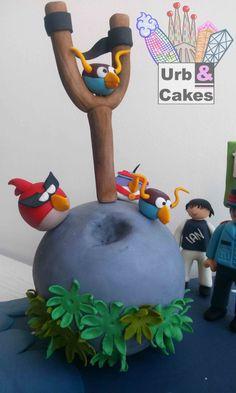 Pastel Angry Birds Space. Detalle de los pájaros del famoso videojuego.