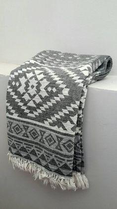 d6511c24474 Bohemian beach blanket throw - Yoga Towel Mat in Grey Aztec - Indigo  Authentic Fouta towel - 100 % Cotton towel - Tribal towel throw