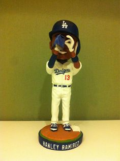 #Dodgers have placed @HanleyRamirez Bobblehead on the DL. You can get yours (sans cast) on 4/30: pic.twitter.com/245QFrcYwd