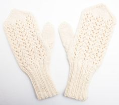 pitsilapaset01 Knit Socks, Knitting Socks, Mittens, Diy, Bricolage, Sock Knitting, Gloves, Do It Yourself