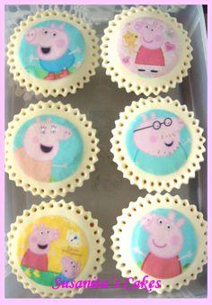 Cupcakes de Peppa Pig!..#peppapig #peppapigcupcakes #cupcakes #talentovenezolano #susanitascakes #cumpleañospeppapig #ponquesitos #ponquesitosdecopardos #decoratedcupcakes