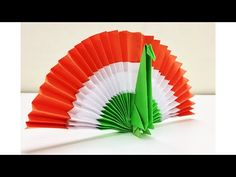 Independence day decoration - HAPPY REPUBLIC DAY Hi Dear Indian friends its a simple craft for Indian Republic day above 10 year old kids can do or Parents can help them Watch Independence Day Activities, Independence Day Decoration, 15 August Independence Day, Indian Independence Day, Paper Folding Crafts, Paper Flowers Craft, Paper Crafts Origami, Diy Paper, School Board Decoration