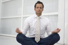 Wie Konzerne ihre Mitarbeiter glücklicher machen. http://www.welt.de/regionales/muenchen/article125069522/Wie-Konzerne-ihre-Mitarbeiter-gluecklicher-machen.html