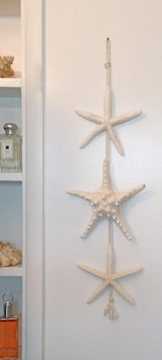 Items similar to Beach Decor - Starfish Decoration - Beach Cottage - Nautical Decor - Coastal Style - Beach Bathroom on Etsy Beach House Style, Beach Cottage Style, Beach Cottage Decor, Coastal Cottage, Coastal Style, Coastal Living, Beach Cottage Kitchens, Rustic Beach Decor, Coastal Farmhouse