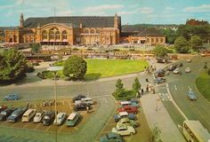 Golf Courses, History, Bremen, Blue Cars, Central Station, Parking Space, Ruins, River, Historia