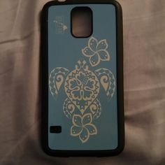 51f11fa8c3 Shop Women s Blue size OS Phone Cases at a discounted price at Poshmark.  Description  I bought this case here in Hawaii and I love it so much but I  got a ...