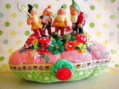 Gnome Crowd Pin Cushion by Beth's Bagz, via Flickr