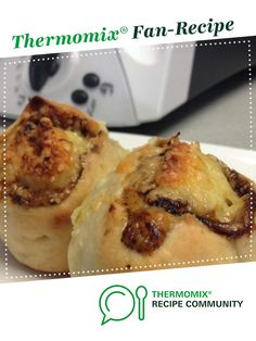 Vegemite and Cheese Scrolls by Messy Nessy. A Thermomix ® recipe in the category Breads & rolls on www., the Thermomix ® Community. Vegemite Recipes, Bread Recipes, Cooking Recipes, Yummy Recipes, Vegemite Scrolls, Super Cook, Thermomix Bread, Messy Nessy