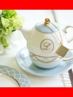 Tea For One, Kitchen Gadgets, Tea Time, Dinnerware, Tea Pots, Vintage Style, Porcelain, Pottery, Dishes