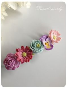 Crocheted flower hair pin & hair clips! #inspiration