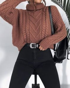 15 Trendy Autumn Street Style Outfits For This Year - fall outfits simple denim outfits fall fashion outfits, cute fall outfits fall outfits fall outfit ideas autumn outfits, 2019 fall fashion trends womens, fall fashion must haves, autumn outfits 2019 Winter Outfits For Teen Girls, Winter Fashion Outfits, Sweater Fashion, Cute Fashion, Look Fashion, Fashion Spring, Autumn Outfits, Fashion Ideas, Latest Fashion