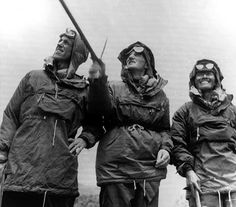 The first climb of Everest From left, Edmund Hillary, John Hunt and Tensing before leaving Khatmandu in (AP-PHOTO) Monte Everest, Grey Fox, Historical Pictures, Outdoor Outfit, Old Pictures, British, Menswear, Hero, Celebrities