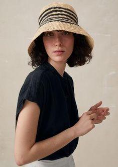 Boys Winter Hats, Summer Hats For Women, Women In Hats, Crochet Summer Hats, Crochet Hats, Custom Scrubs, How To Clean Hats, Toast Uk, Sombrero A Crochet