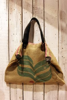 Hey, I found this really awesome Etsy listing at https://www.etsy.com/listing/212277325/coffee-bag-handmade-italian-vintage