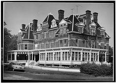 1.  Historic American Buildings Survey Cervin Robinson, Photographer 19 August 1963 EXTERIOR-- NORTH ELEVATION - Hotel Florence, 11111 South Forrestville Avenue, Chicago, Cook County, IL Library of Congress